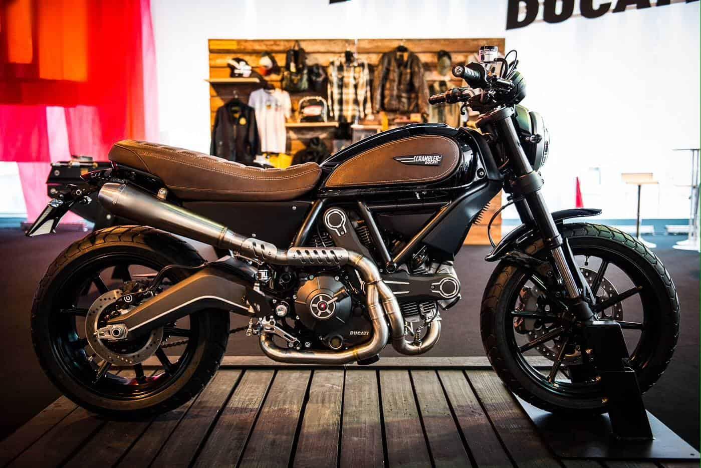 Ducati Scrambler Video Reviews - Timeless 2 Wheels