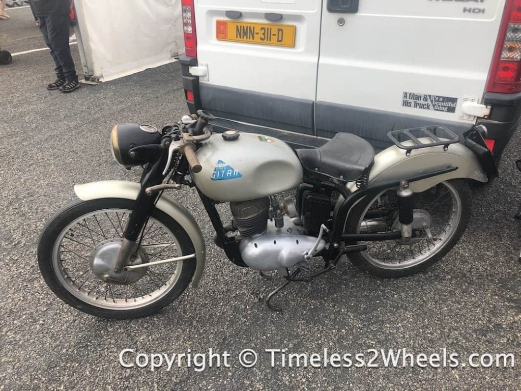 125cc 2 stroke Gitan motorcycle