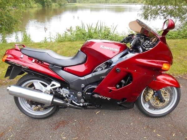 Kawasaki ZZR1100 for sale