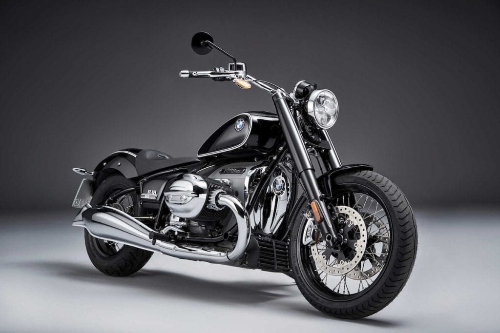 BMW R18 new retro motorcycle for 2021