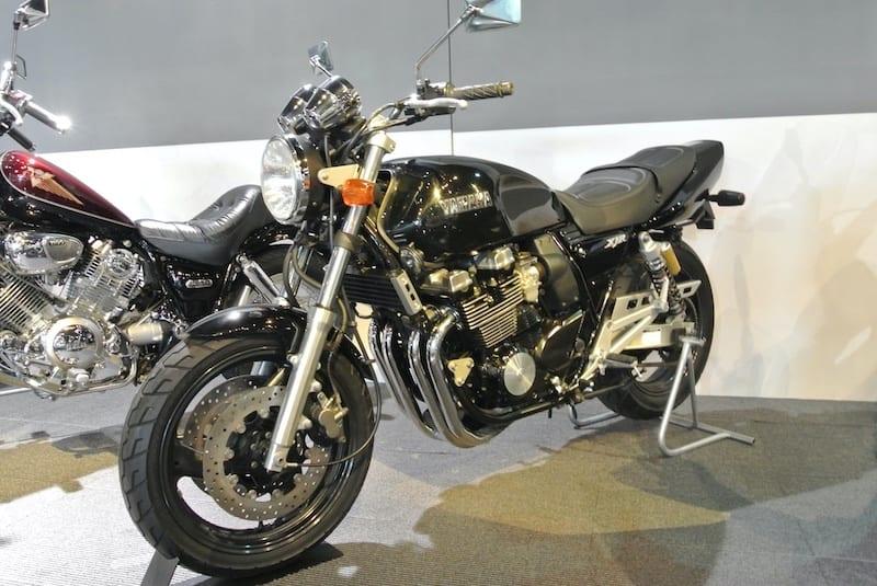 1995 Yamaha XJR400