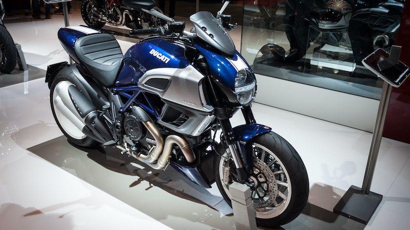 2013 diavel muslce bike
