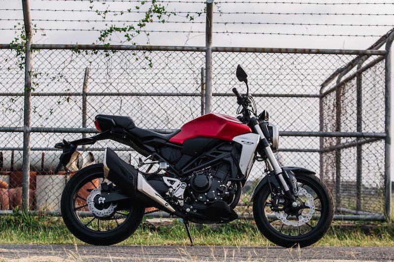 2018 Honda CB300R is an ideal beginner motorcycle