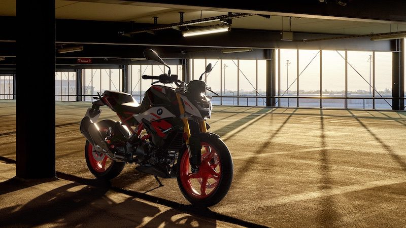 BMW G310R is a novice friendly naked roadster