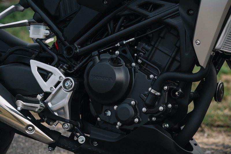 Honda CB 300 R engine